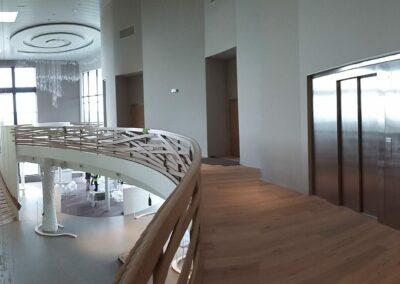 Perspective ascenseur installé au siège du champagne Nicolas Feuillatte